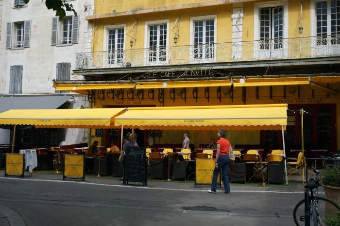 Le Cafe La Nuit (Arlés, Francia)