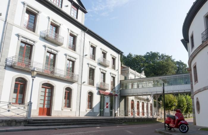 Las Caldas (Oviedo)